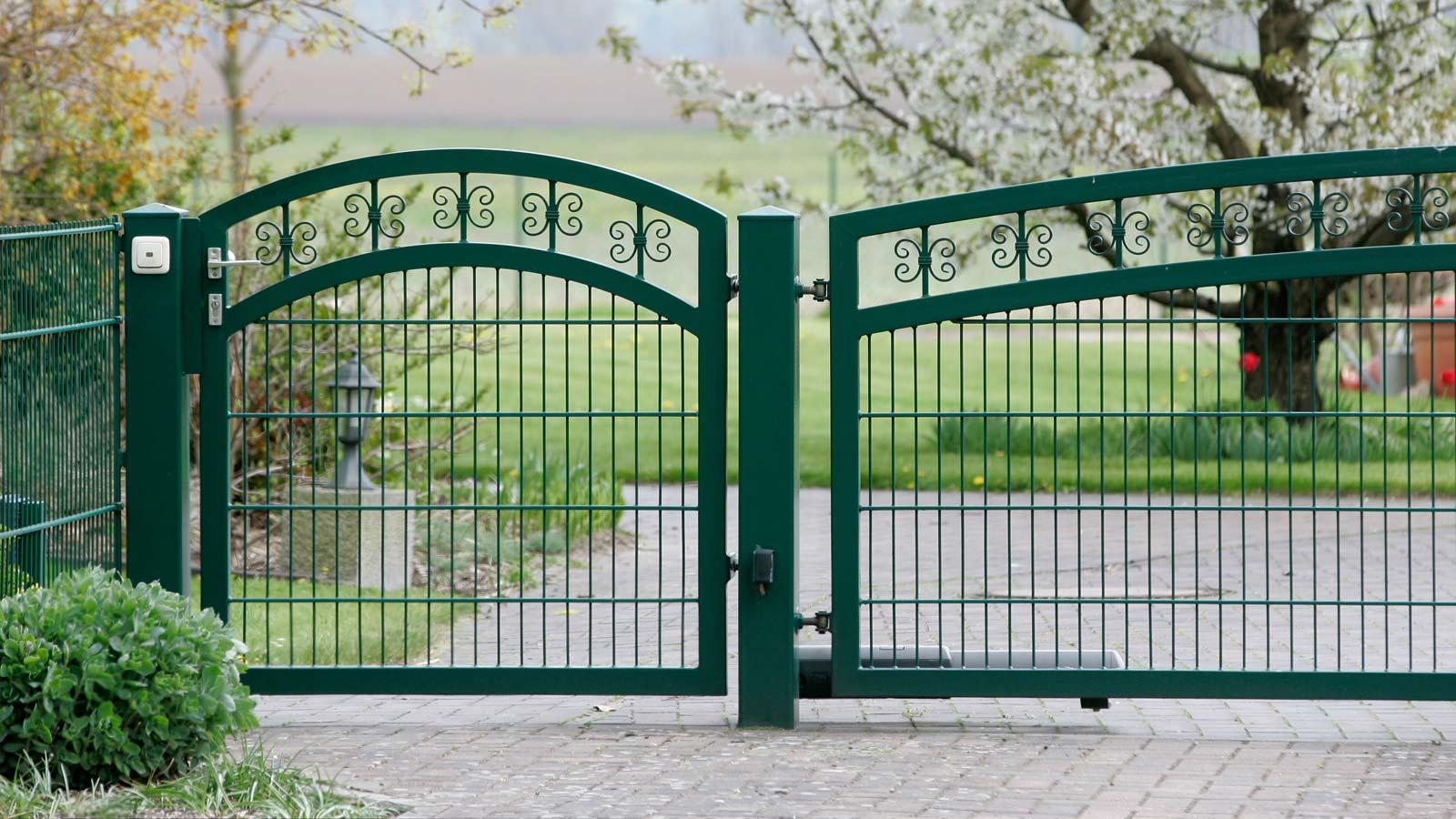 Tür metall  Tore & Türen - Metall und Zaunbau Schäfer GmbH